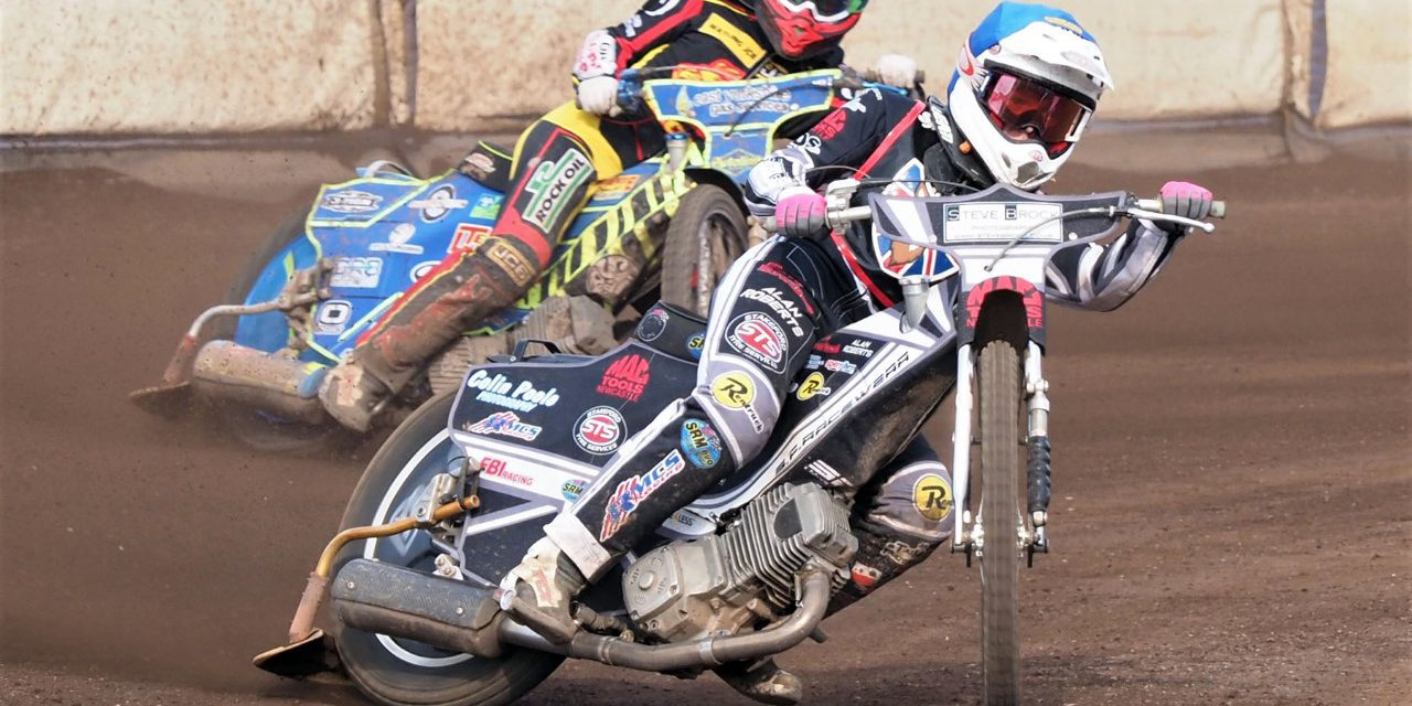https://newcastle-speedway.co.uk/wp-content/uploads/2020/09/freeman-smith-and-booth-in-round-four-of-the-british-youth-championships-at-edinburgh-1280x640.jpg